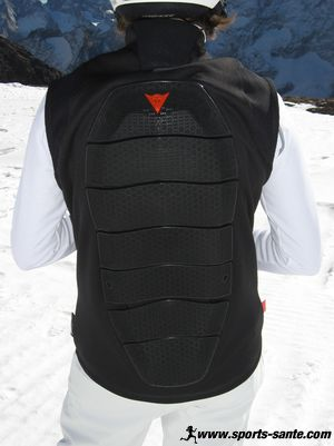Protection dorsale ski