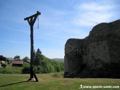 Visite du chateau de Montcornet en Ardenne pr�s de Charleville M�zi�res (08)