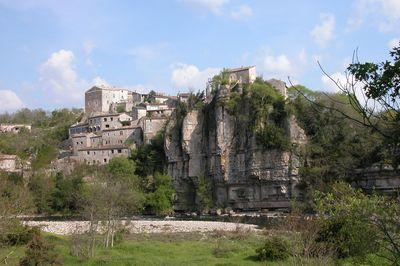 Visite de Balazuc : tourisme en Ard�che m�ridionale