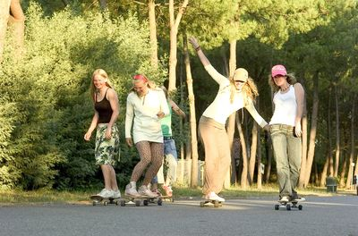 Équipe de skateboard fille