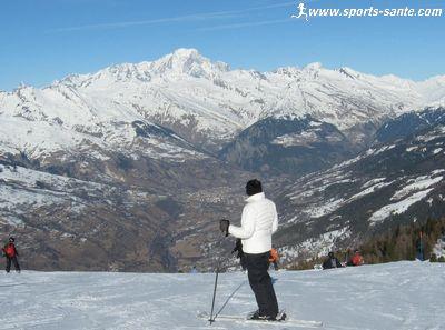 Montchavin-Les Coches par la piste du Mont Blanc (La Plagne, Savoie)