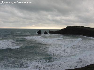 http://www.sports-sante.com/images/languedoc-roussillon/cap-agde/conque-ouest.jpg