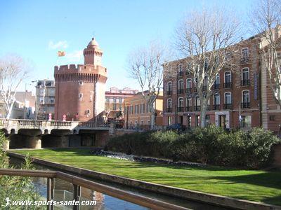 tourisme en terre catalane visite du castillet embl me de la ville perpignan. Black Bedroom Furniture Sets. Home Design Ideas