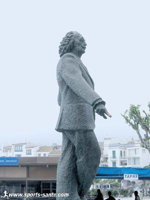 Statue de Salvador Dali � Cadaqu�s