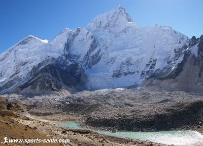 Photo lac de Gorak shep et Everest