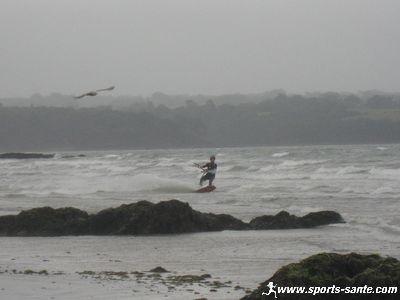 Kite surf dans la baie de Fouesnant