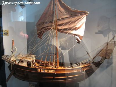 Caboteur antique en papier de tangkart Navire-marchand-romain