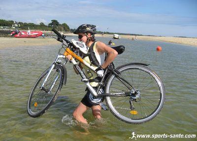 http://www.sports-sante.com/images/velo/rando-bretagne/velo-mer.jpg